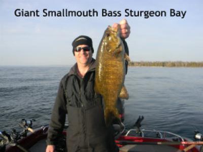 Sturgeon Bay smallmouth bass for Captain Doug Kloet May 2013